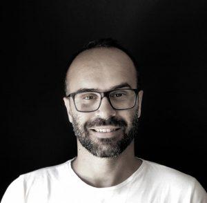 All-in Global CEO, Tiago Aprigio headshot picture